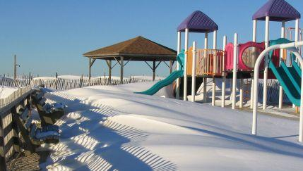 Snowdrifts at Short Beach, Smithtown 1/27/04