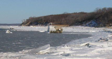 Glacial Boulder in Smithtown Bay Ice 1/27/04