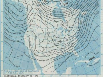 January 21, 1978 - 500 mb height contours at 7:00 A.M., E.S.T.  Courtesy of the NOAA Central Library Data Imaging Project.